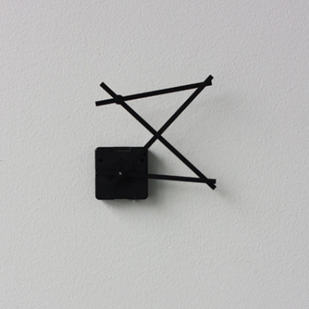 Hand in Hand Clock by Yen-Wen Tseng