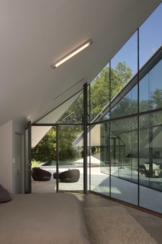 Edgeland House11