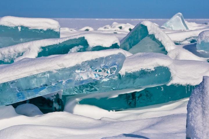 ロシアにある冬のバイカル湖2