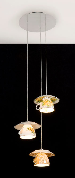 おしゃれなティーカップで出来た照明「Electric Mavis luminare」1