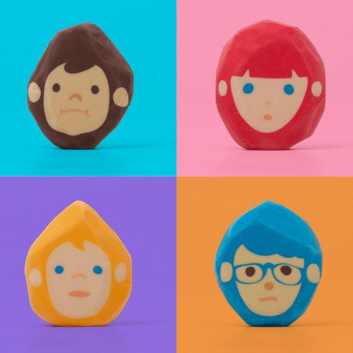 消すことで髪の毛を整えていく消しゴムHair-cut Eraser