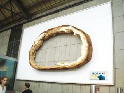 おもわず立ち止まってしまうクリエイティブな広告3