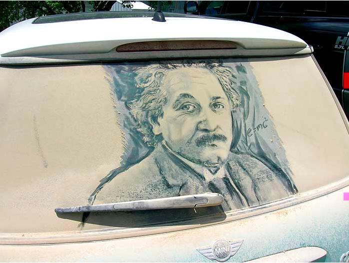 汚れた車に絵を描いた作品「Dirty Car Art」3