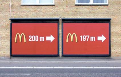 おもわず立ち止まってしまうクリエイティブな広告15