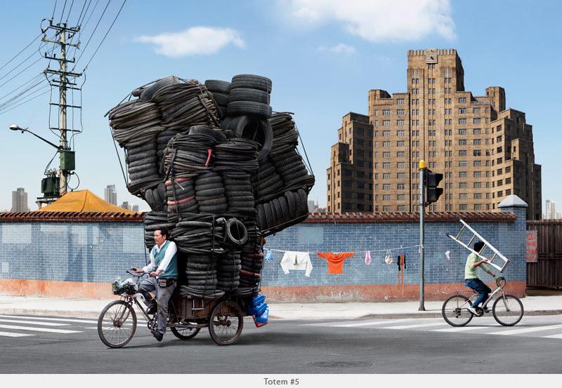 2009年から2010年に撮られた中国上海の出稼ぎ労働者の目を見張るほど素晴らしい光景。2