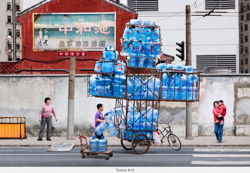 2009年から2010年に撮られた中国上海の出稼ぎ労働者の目を見張るほど素晴らしい光景。14