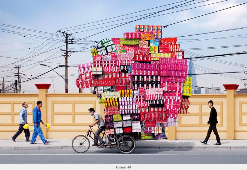 2009年から2010年に撮られた中国上海の出稼ぎ労働者の目を見張るほど素晴らしい光景。11