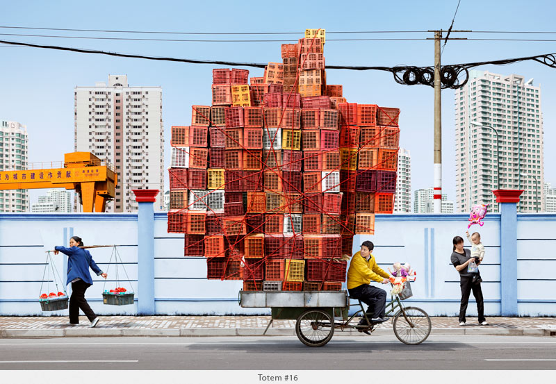 2009年から2010年に撮られた中国上海の出稼ぎ労働者の目を見張るほど素晴らしい光景。15