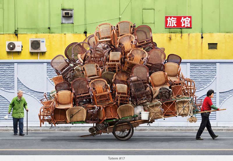 2009年から2010年に撮られた中国上海の出稼ぎ労働者の目を見張るほど素晴らしい光景。1