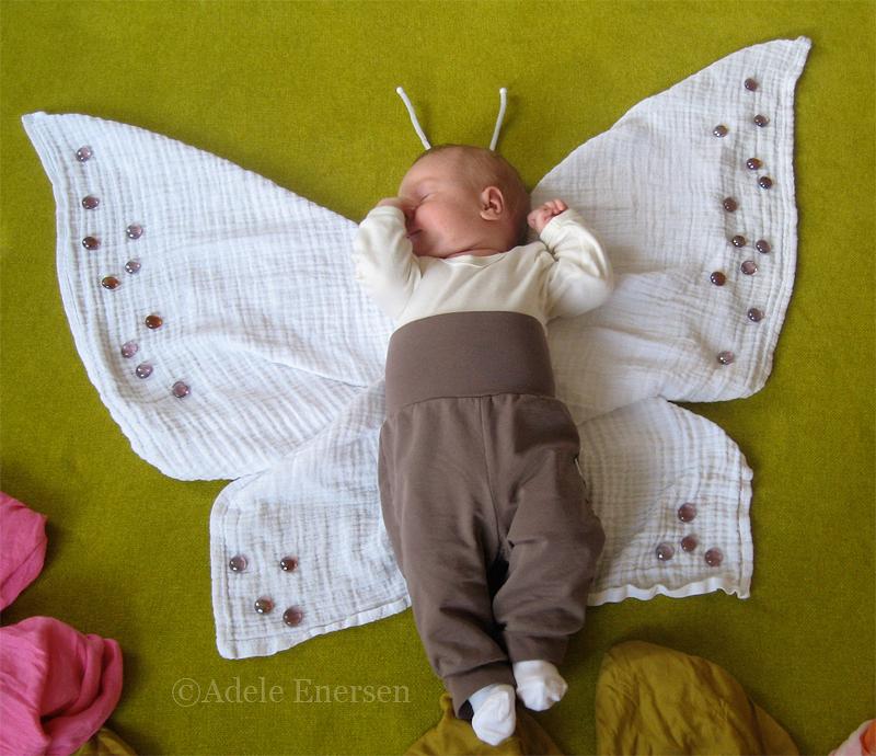 赤ちゃんの寝相(ねぞう)アート12