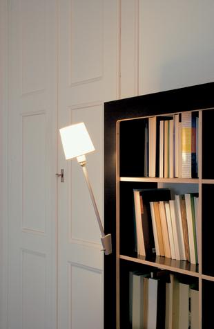 読書好きにはたまらない本棚と机とソファーが一体化になったソファー「Lese+Lebe」6