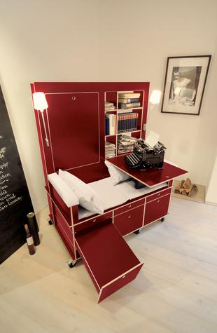 読書好きにはたまらない本棚と机とソファーが一体化になったソファー「Lese+Lebe」7