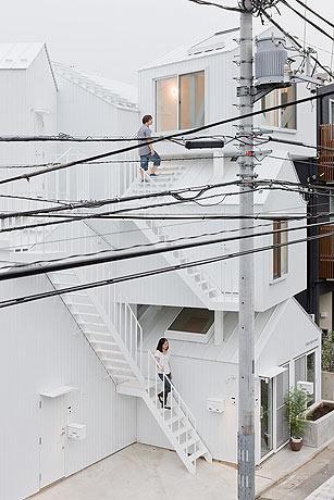 Tokyo-Apt-Fujimoto-藤本壮介の手がけた東京アパートメント2