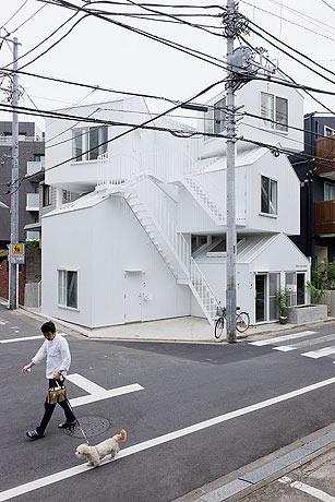 Tokyo-Apt-Fujimoto-藤本壮介の手がけた東京アパートメント