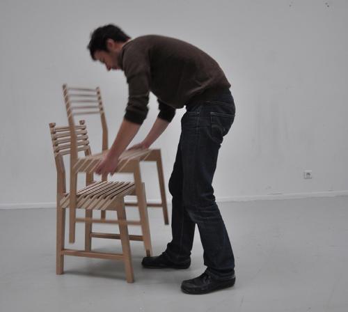 1つが3つに分身する椅子4