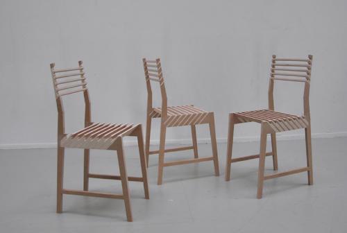 1つが3つに分身する椅子2