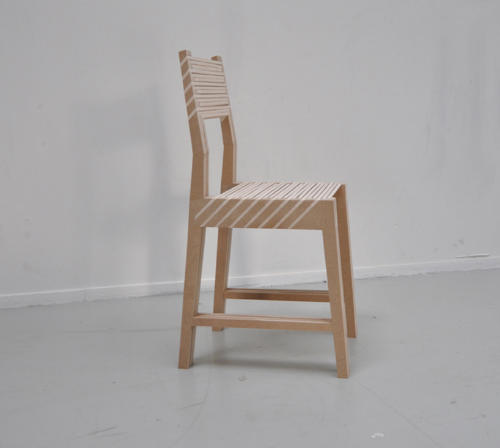 1つが3つに分身する椅子1