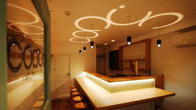 天井へむかって、わっかのように照らす照明「Halo Lamp」2