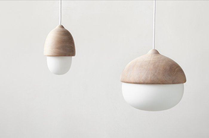 キノコのようなランプ Terho(天井ランプ)とTatti(テーブルランプ)