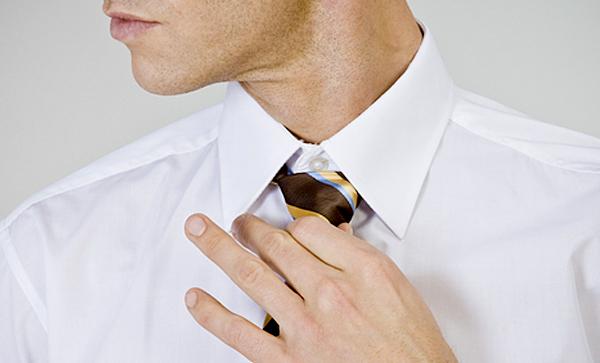 男性のネクタイをモチーフにしたマグカップMug Man