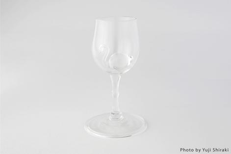 フラミンゴのようなワイングラス