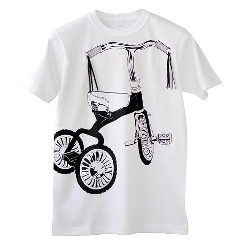 Tシャツブランド「シキサイ」の遊び心満載のTシャツ その2「三輪車」3