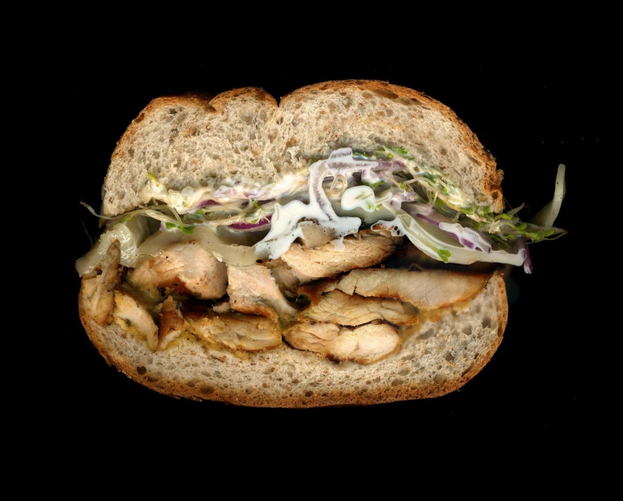 美味しそうなサンドウィッチの断面図5