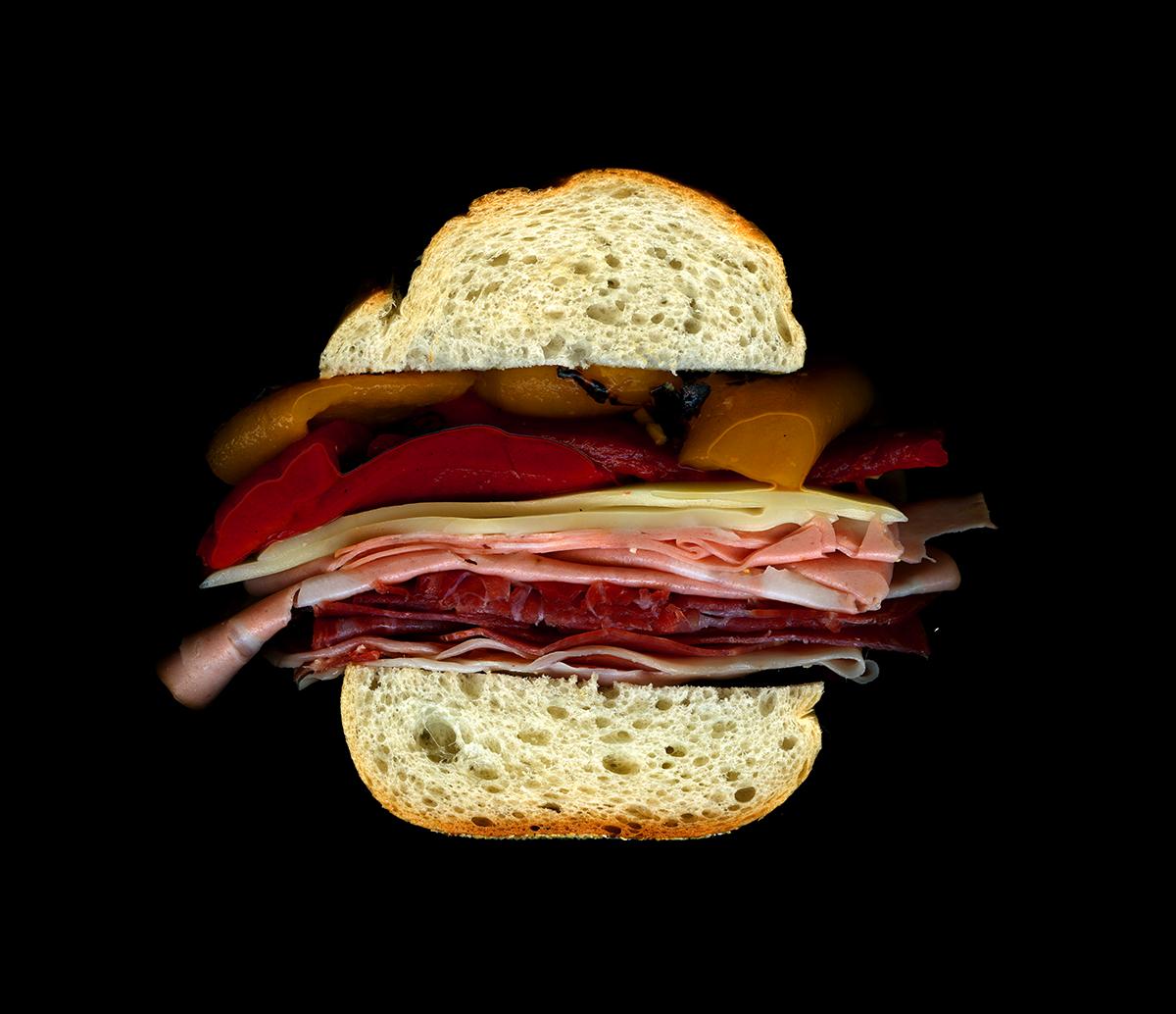 美味しそうなサンドウィッチの断面図2
