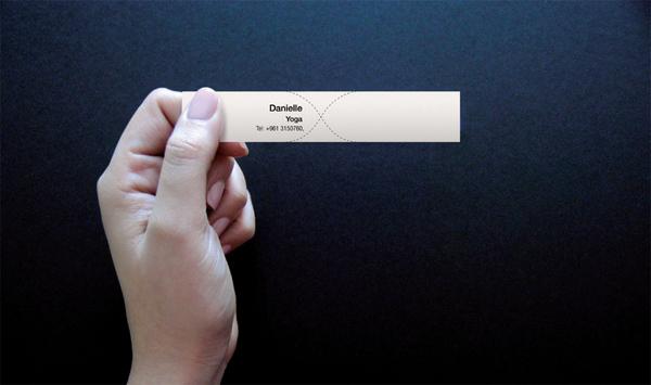 ひねると名刺になるTwisty Business Cards