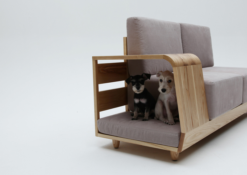 the dog house sofa3