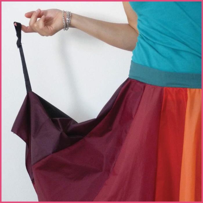 傘の素材でつくった、雨にぬれても大丈夫なスカート「Umbrella Skirt」8