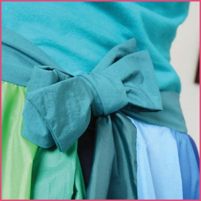傘の素材でつくった、雨にぬれても大丈夫なスカート「Umbrella Skirt」2