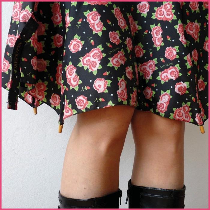 傘の素材でつくった、雨にぬれても大丈夫なスカート「Umbrella Skirt」1