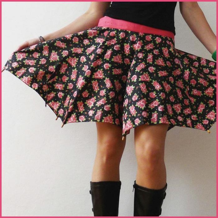 傘の素材でつくった、雨にぬれても大丈夫なスカート「Umbrella Skirt」4