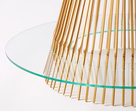 一本の竹でつくられた、竹取の翁を連想させる家具 KAGUA カグア(LED照明器具)5