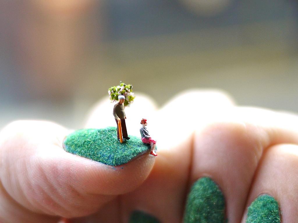 爪の上のネイルアートストーリー4