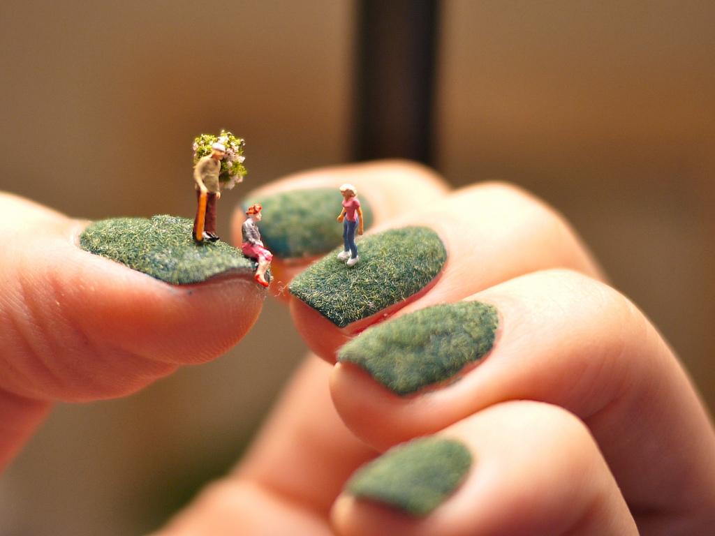爪の上のネイルアートストーリー2