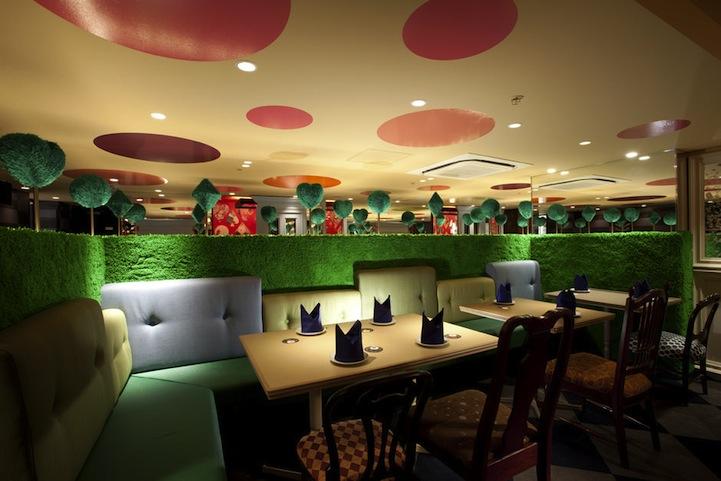 アリスインワンダーランド(不思議の国のアリス)の世界のレストラン7