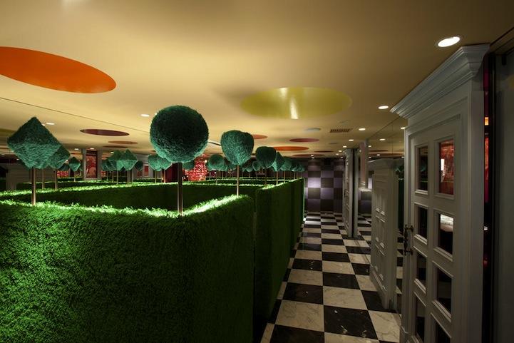アリスインワンダーランド(不思議の国のアリス)の世界のレストラン8