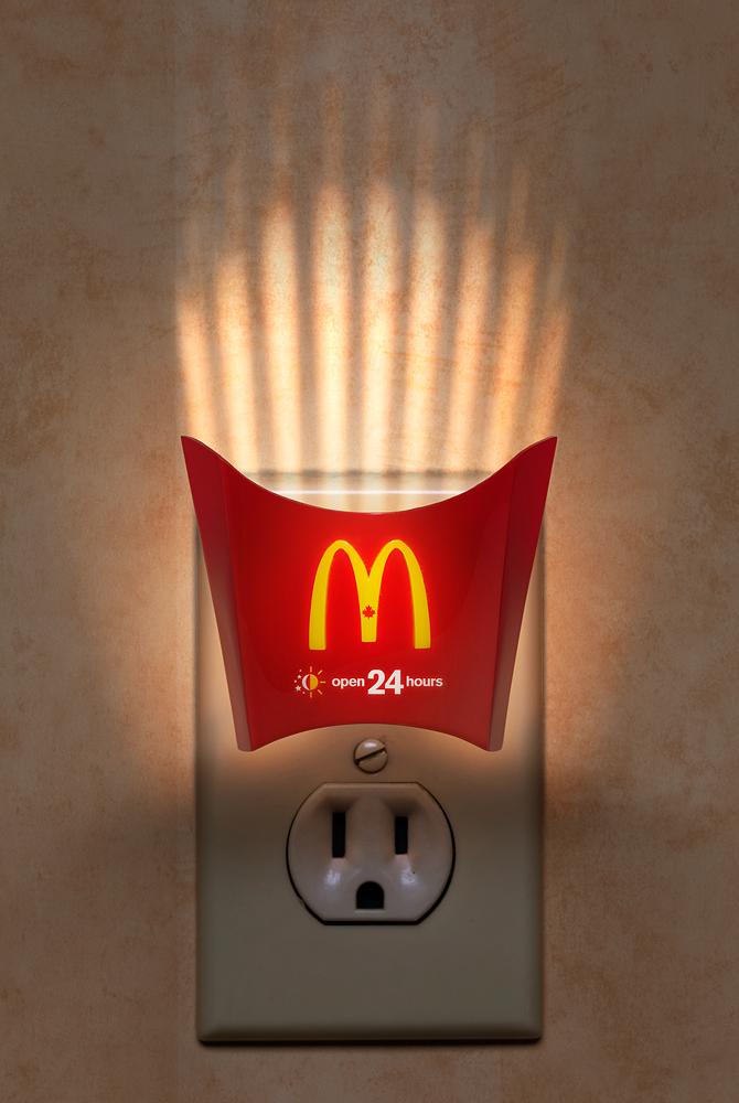マクドナルドのクリエイティブな広告20選2