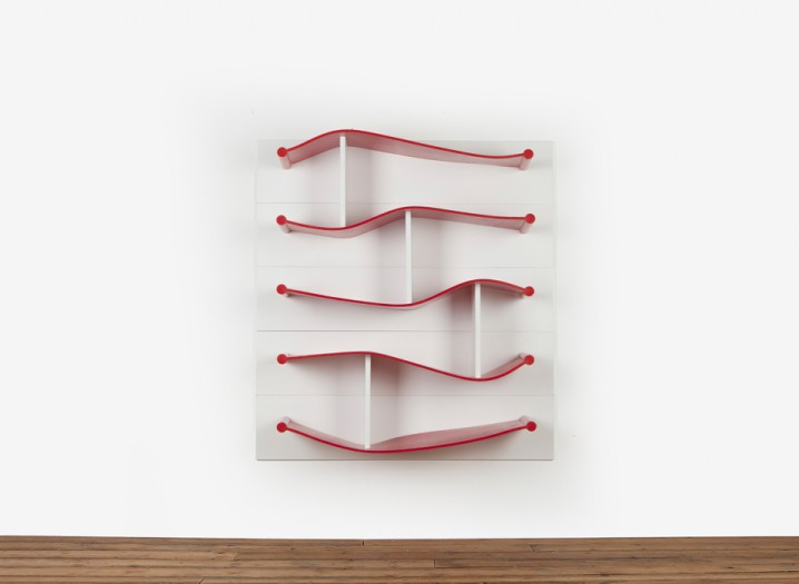 Rubber-Shelves-Luke-Hart-The-Sculpture-House3-718x525