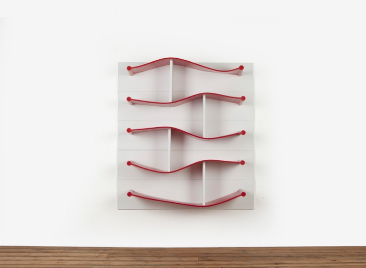 Rubber-Shelves-Luke-Hart-The-Sculpture-House4-718x525