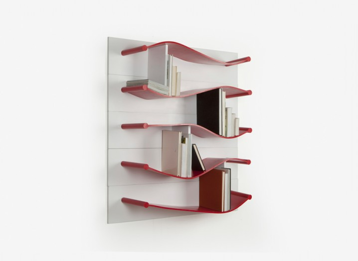 Rubber-Shelves-by-Luke-Hart-The-Sculpture-House-718x525
