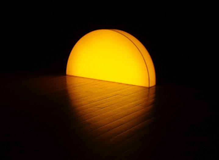 夕陽の沈むような間接照明「Skirting Board Sunset」6