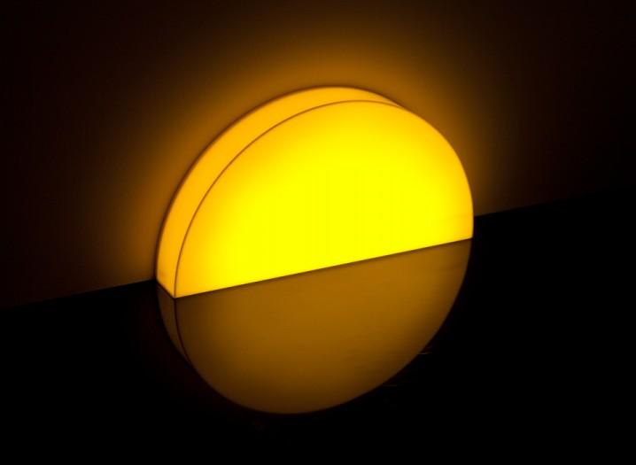 夕陽の沈むような間接照明「Skirting Board Sunset」5