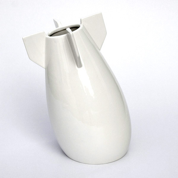a peaceful bomb vase6