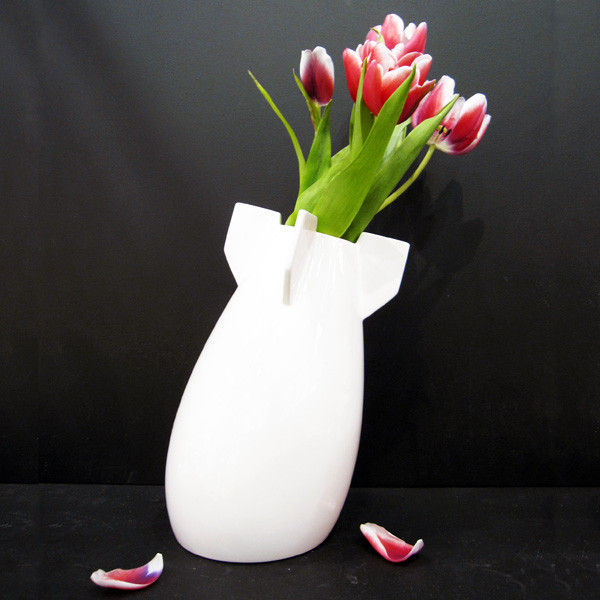 a peaceful bomb vase4