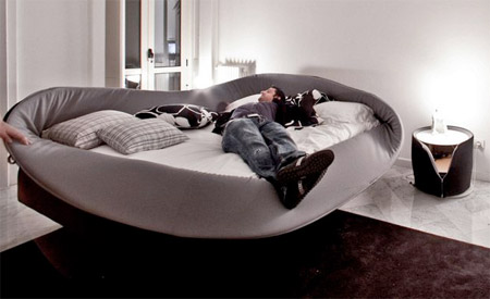 14 Creative and Unusual Beds4