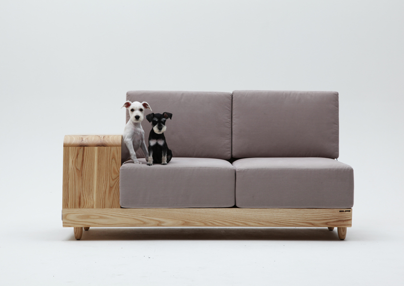 the dog house sofa2