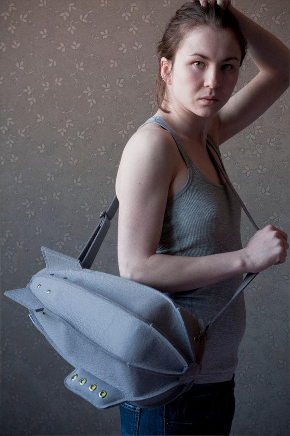 え?あんなものがバッグに?日常に溢れるいろんなものをかわいいバッグにしてしまった作品。1